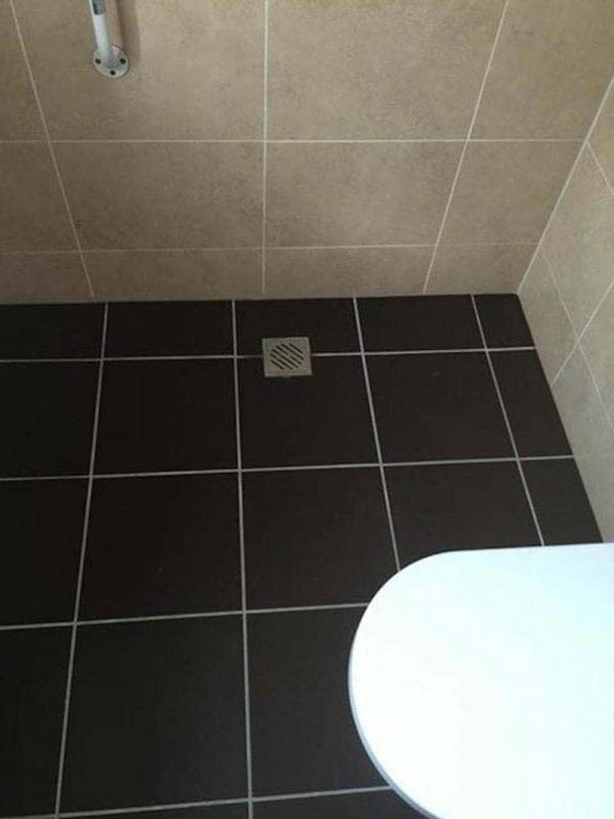 A fantastic wetroom installation completed by aquarius wetroom installation for mr westbury doublecrazyfo Image collections