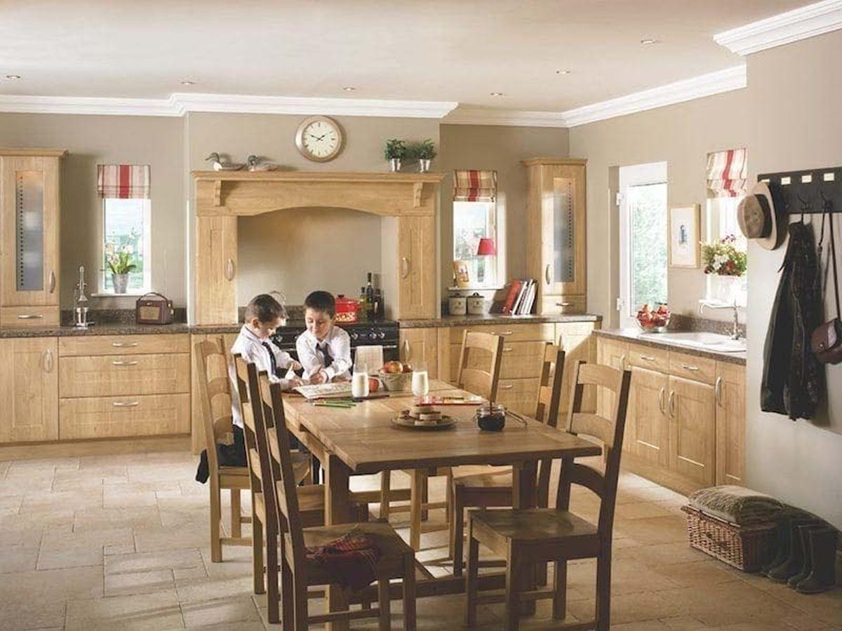 traditional farmhouse kitchen