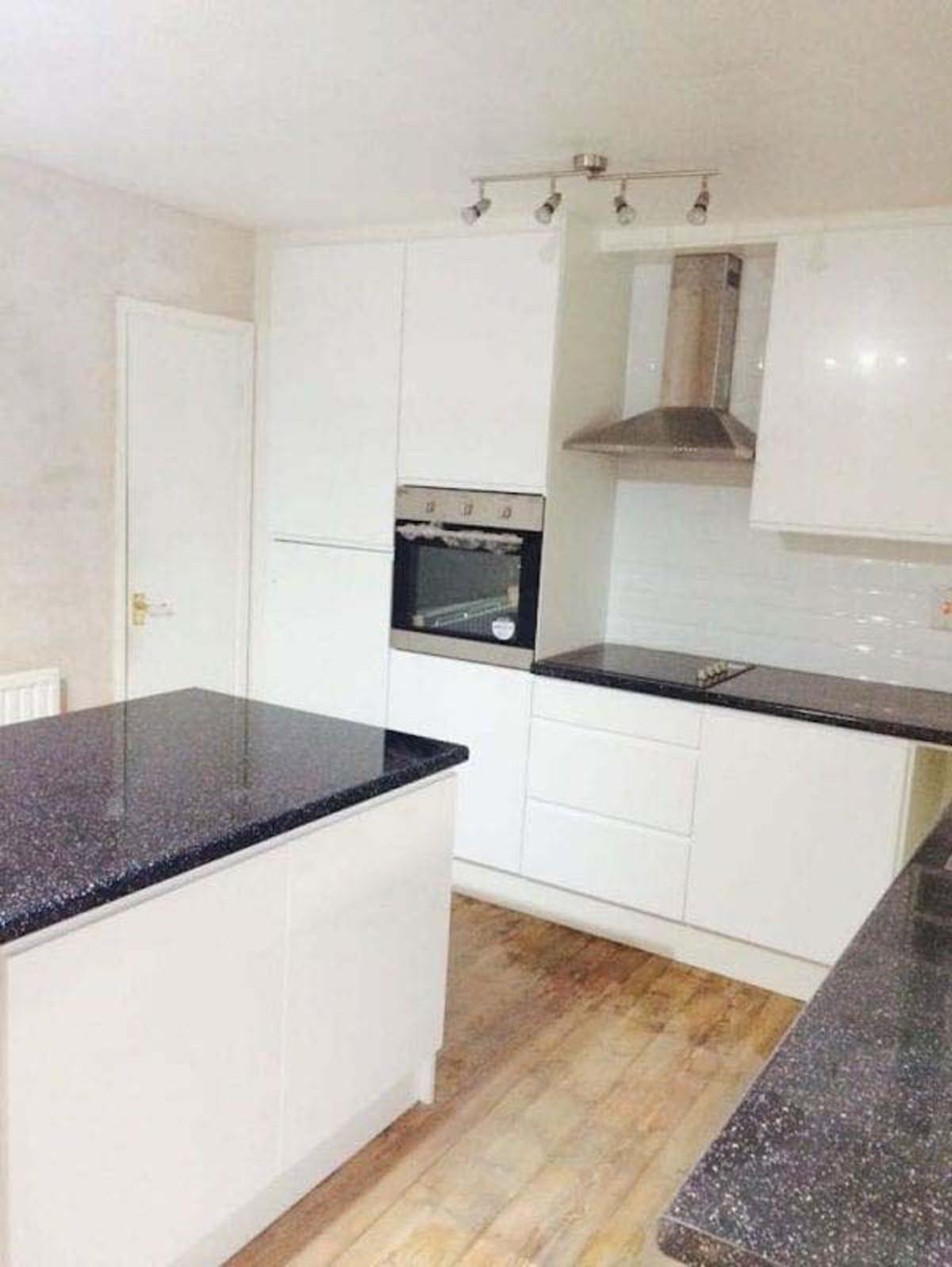 Long Eaton Gloss White Fitted Kitchen