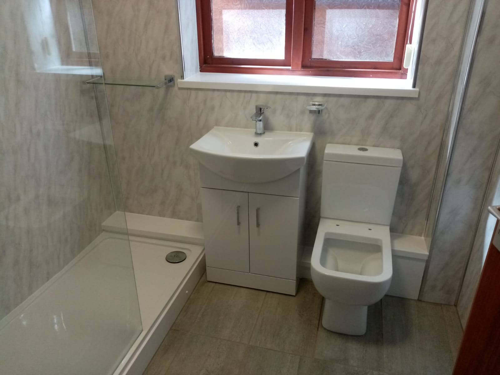 Mr and Mrs Rothwell's Bathroom installation, Hucknall