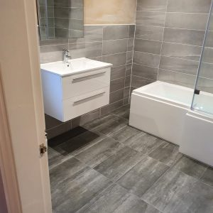 Mrs Wards Bathroom, Bakersfield