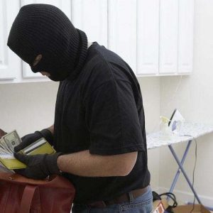 Winter Home Security Tips: Beat The Burglars This Festive Season